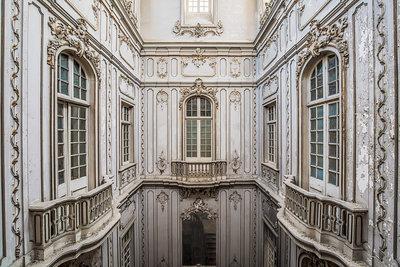 Jef Peeters - Dictator's palace