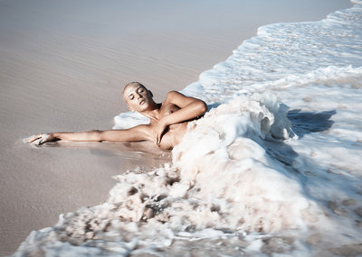 Nancy Schoenmakers - Catch the Wave