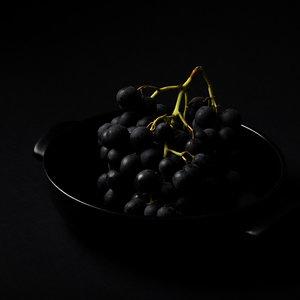 Anne van Buuren - Stilleven Druiven