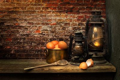 Mos Merab Samii - Preparing the Eggs