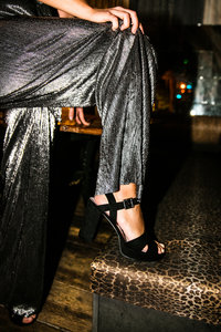 Sanne Nadine Hes - Glamourous legs | color